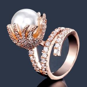 🆕 CZ Huge Pearl Rose Gold Ring